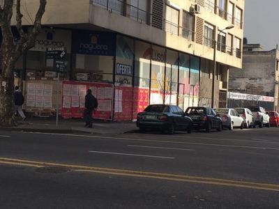 Local Comercial 18 De Julio Y Beisso