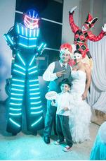 Zancos Mimos Arlequines Robots Zanqueros Robot Led Transform