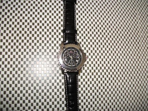 Relógio Suiço Royal Swiss,novo 3 Cronos Funcionais Novo .