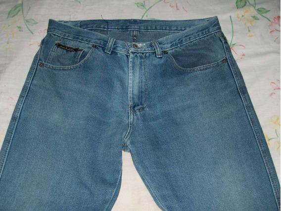 Blue Jean Usado En Condiciones Regulares Para Trabajar
