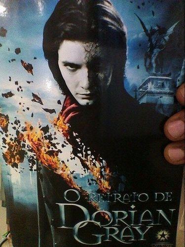Livro Retrato De Dorian Gray Edição Bilíngue Oscar Wilde
