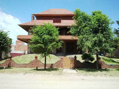 Alquilo Chalet Villa Gesell