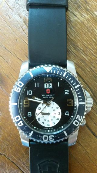 Relógio Victorinox Swiss Army Maverick Dual Time