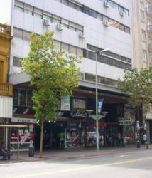 Alquiler De Local Comercial, Galeria Polvorín 18 De Julio
