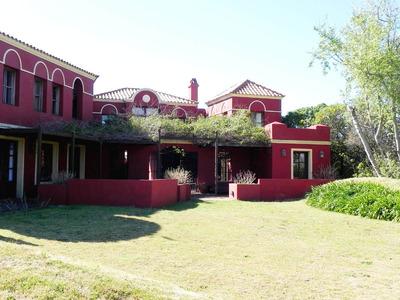 La Barra, Montoya. Casa De 6 Dormitorios, 5 Baños Y D/s
