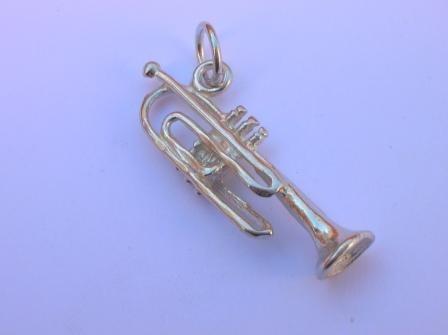 Dije De Trompeta Elaborado En Plata .925 Op4