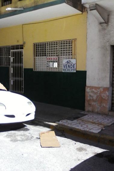 Casa En Venta En Santo Domingo, Zona Colonial, Ciudad Nueva