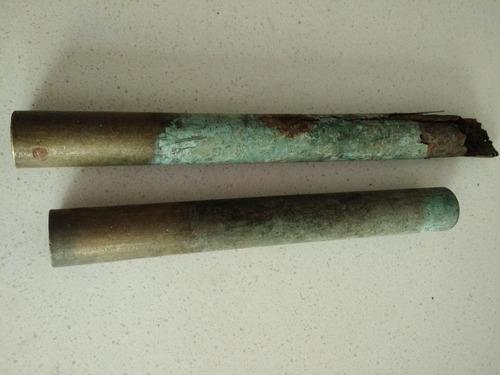 Imagen 1 de 1 de 2 Piezas De Bronce Antigua  28 X 3,5 Cms
