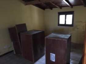 Lc322 Excelente Galpon En Centro. 2 Dormitorios
