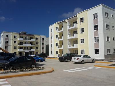Apartamento En Con Fideicomiso 15 Mese Para El Inial