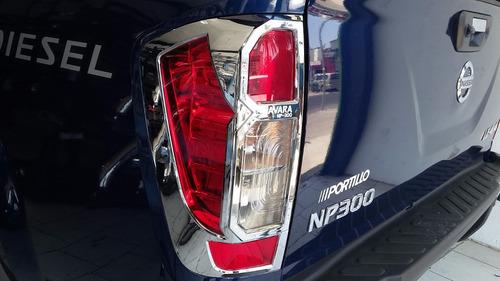 Bisel Cromado Protector Para Foco Nissan  Np300 2016-18