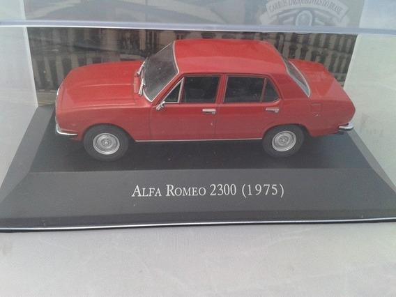 Miniatura Carros Inesquecíveis Alfa Romeo 1975 Escala1.43