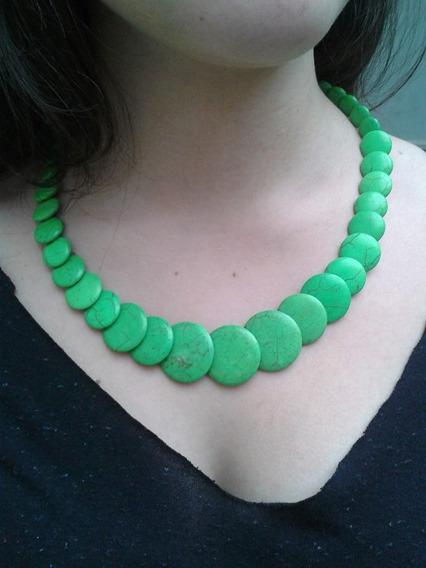 Colar De Pedras Verde
