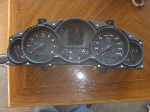 Vendo Tacómetro De Porsche Cayenne, Año 2004, Gasolina