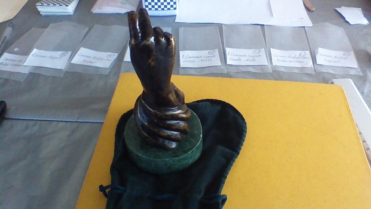 Handmade Europea Escultura de bronce original edición