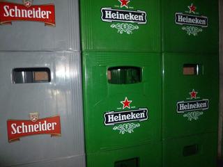 Cajones De Cerveza Vacios Budweiser, Shneider Y Heineken