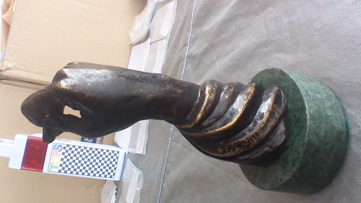 figura estatua escultura o busto modernista de - Comprar