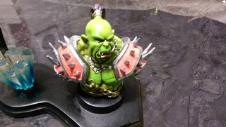 Figura Orc En Resina Y Espada World Of Warcraft