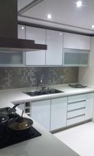 Epsilon Cocinas: Cocinas,closets,baños, Somos Fabrica.