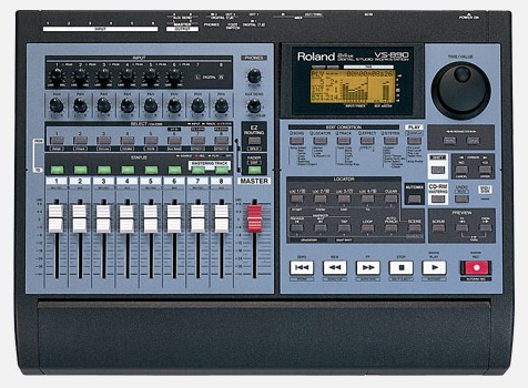Mesa De Som Roland Digital Studio Workstation 24-bit Vs-890