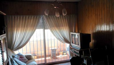 Apartamento Luminoso De 70m2 Próximo A Espinillo Y Millán