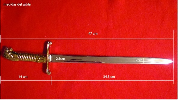 Pieza Artesanal Sable Couteaux- Empuñadura Baño Oro 24 K