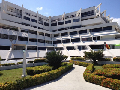 Venta Exclusivo Apartamento Vista Al Mar Tucacacs Falcon Rbt