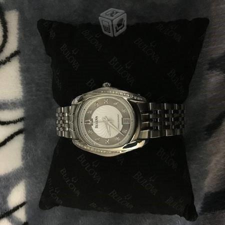 Reloj Bulova Precisionist Mujer Acero