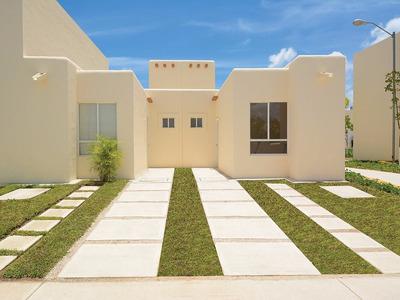 Desarrollo Paseos Chac Mool, Casas En Quintana Roo