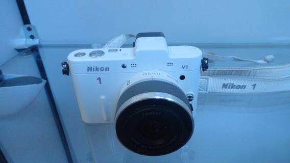 Camera Digital Nykon V1 Branca