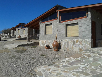 Casa De 1 A 3 Ambientes - Alquiler Fijo - Hermosas Vistas