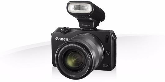 Canon Eos M + 18-55 + Flash