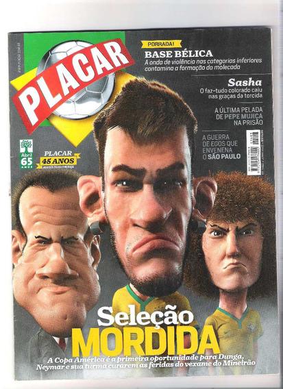 Revista Placar Edição N° 1403.