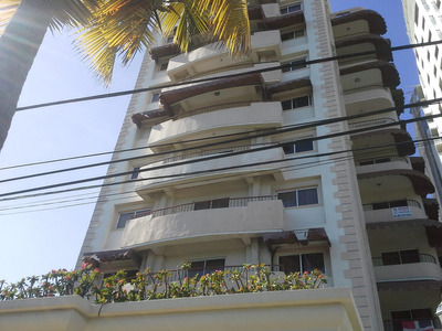 Alquilo Apartamento En La Sarasota 900 Dolares Amueblado