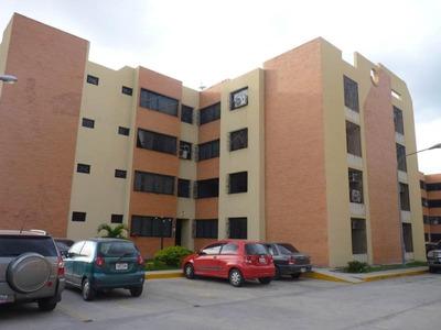 Apartamento En Venta En Narayola Ii - Maracay Hecc 15-13937