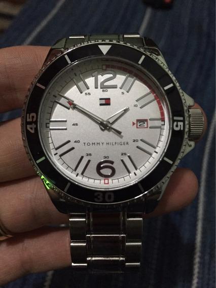 Relógio Tommy Hilfiger Cromo Masculino White Edition