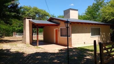 Casa Con Pileta En Villa General Belgrano