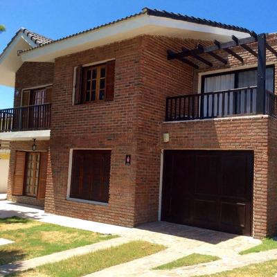 Alquilo Casa: 4 Dorm., 5 Baños, Barbacoa, Piscina, Play Room