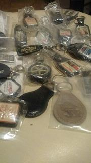 Coleção Com 25 Chaveiros Automotivos