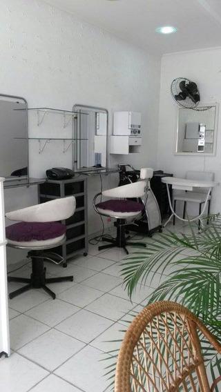 Salão De Beleza Com Sala Para Estética - Mobiliado.