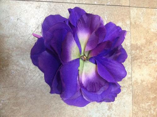 Flor De Tela Violeta Con Pinza (centro)