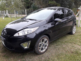Ford Fiesta Kinectik 1.6 Negro 5ptas.