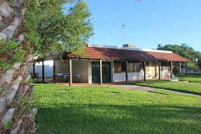 Venta Gran Casa En San Luis - Uruguay - Media Cuadra Al Mar