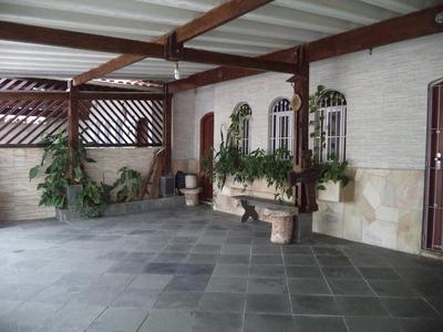 Casa Térrea Á 50 Metros Da Praia Em Praia Grande. Ref. 915