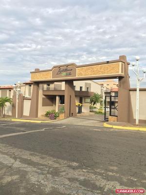 Casas Villa Antillana Hills
