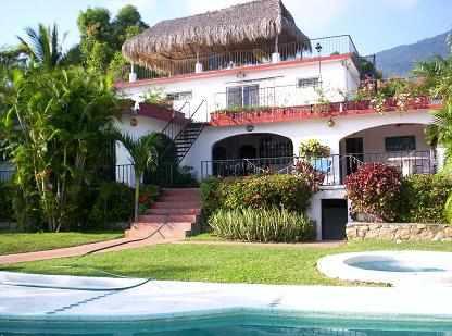 Amplia Casa 6 Recamaras, Alberca ,vista
