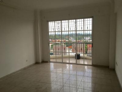 Apartamento En Venta En Altos De Arroyo Hondo I - Pva-021-06
