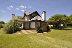 Casa Cabaña Alquiler Pileta Privada Villa General Belgrano
