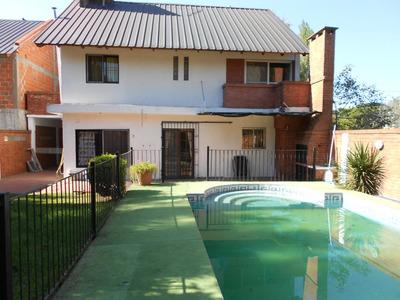 Casa En Alquiler :: 5 Ambientes :: Udaondo :: 361m2