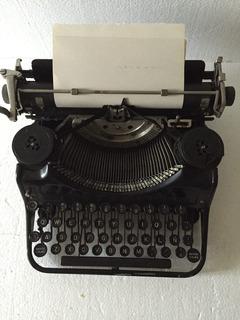 Antigua Máquina De Escribir Underwood - Precio Fijo